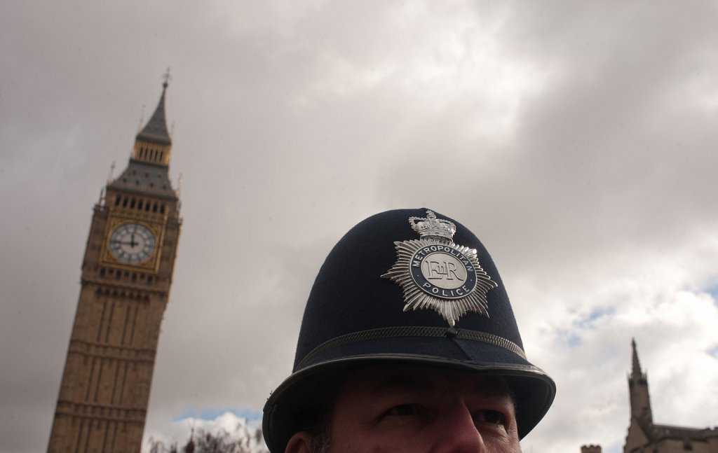 Met Police Officer Outside Parliament