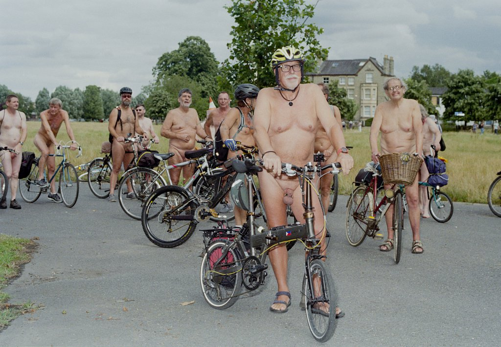 Naked Cycling in Cambridge